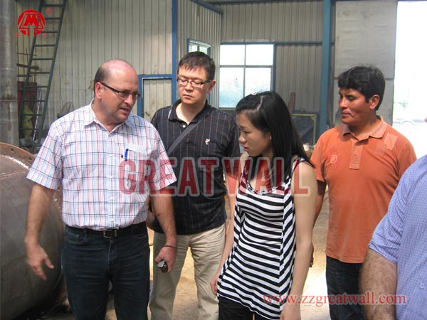 Russian customers visit our company